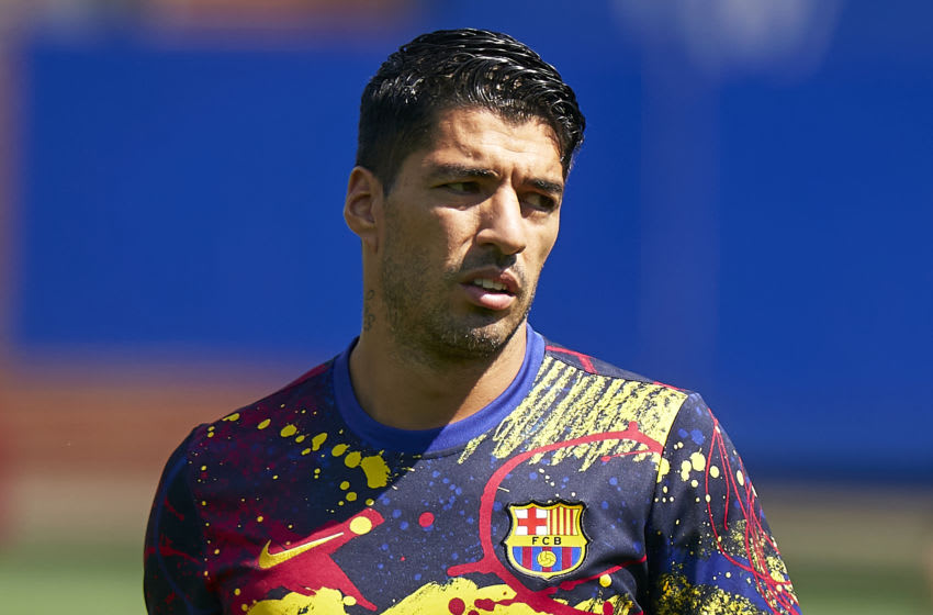Luis Suarez of FC Barcelona during prematch warm up. (Photo by Pedro Salado/Quality Sport Images/Getty Images)