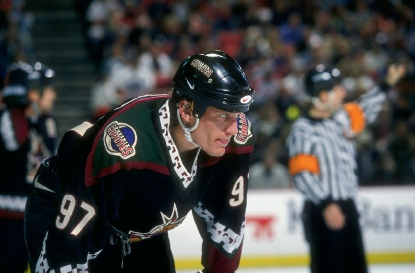 6 Apr 1997: Center Jeremy Roenick of the Phoenix Coyotes in action during a game against the Colorado Avalanche at the McNichols Sports Arena in Denver, Colorado. The Avalanche won the game 2-1. Mandatory Credit: Nevin Reid /Allsport