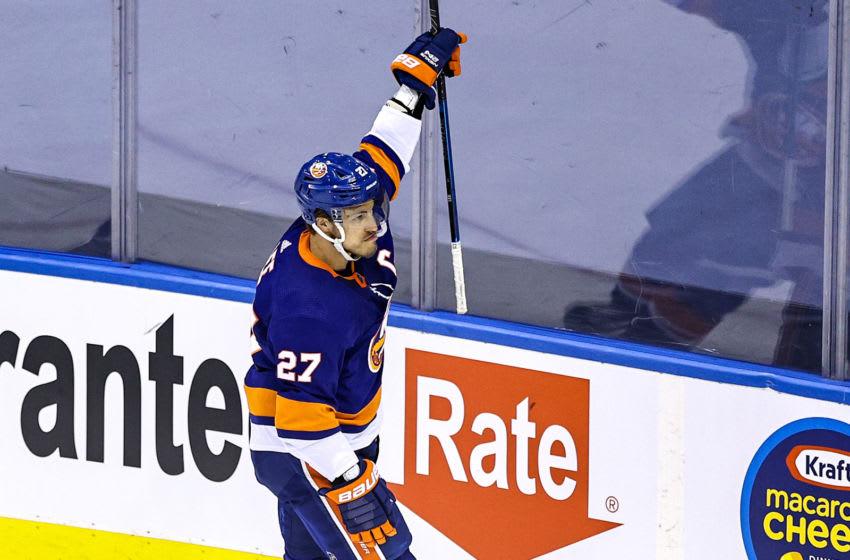 Anders Lee #27 of the New York Islanders (Photo by Elsa/Getty Images)