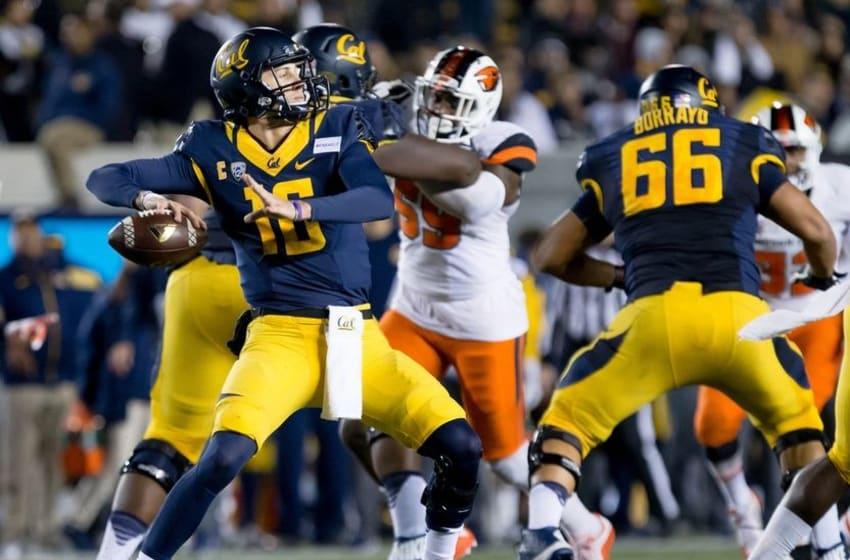 Nov 14, 2015; Berkeley, CA, USA; California Golden Bears quarterback Jared Goff (16) passes the ball against the Oregon State Beavers during the third quarter at Memorial Stadium. Mandatory Credit: Kelley L Cox-USA TODAY Sports