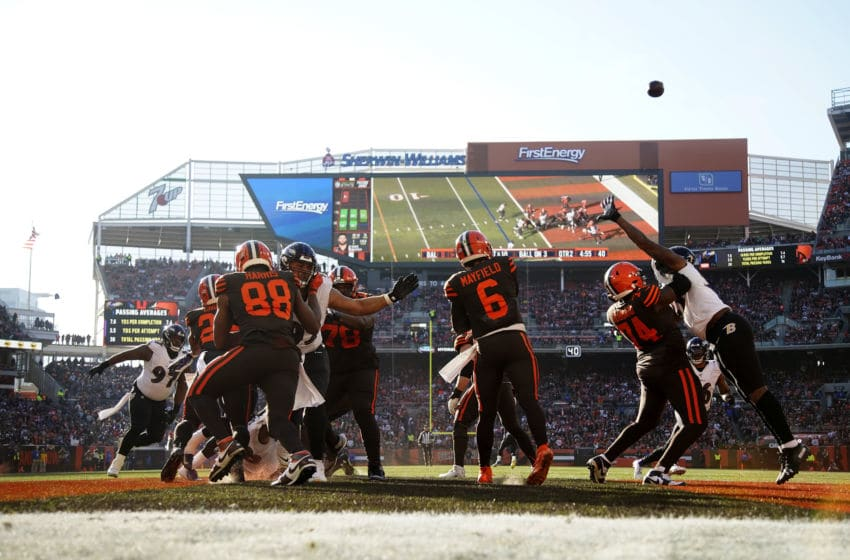 Cleveland Browns Greg Robinson (Photo by Kirk Irwin/Getty Images)