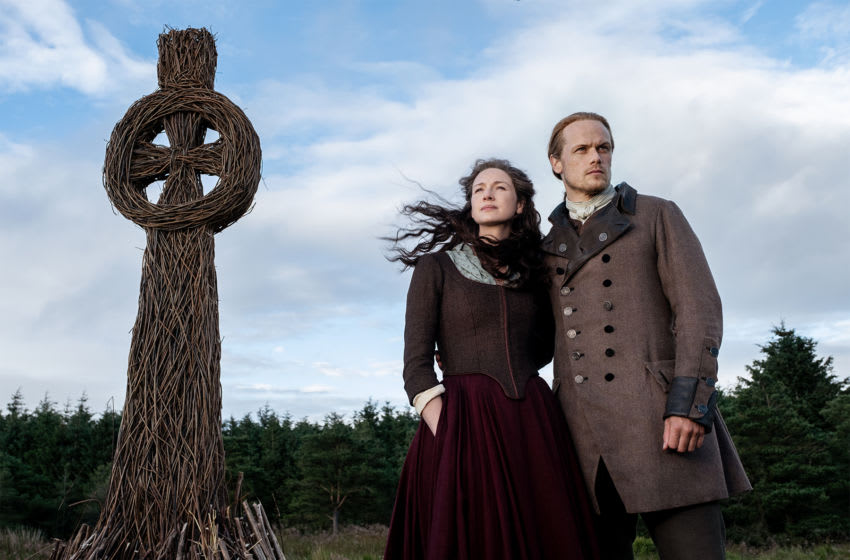 Outlander season 5 episode 1 / STARZ