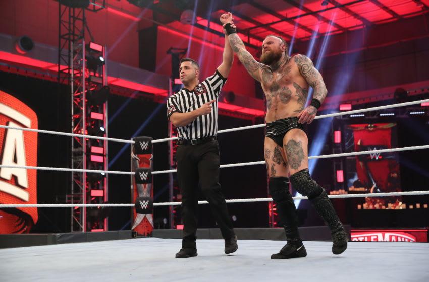 Aleister Black v Bobby Lashley at WrestleMania 36 (photo via WWE, inc)