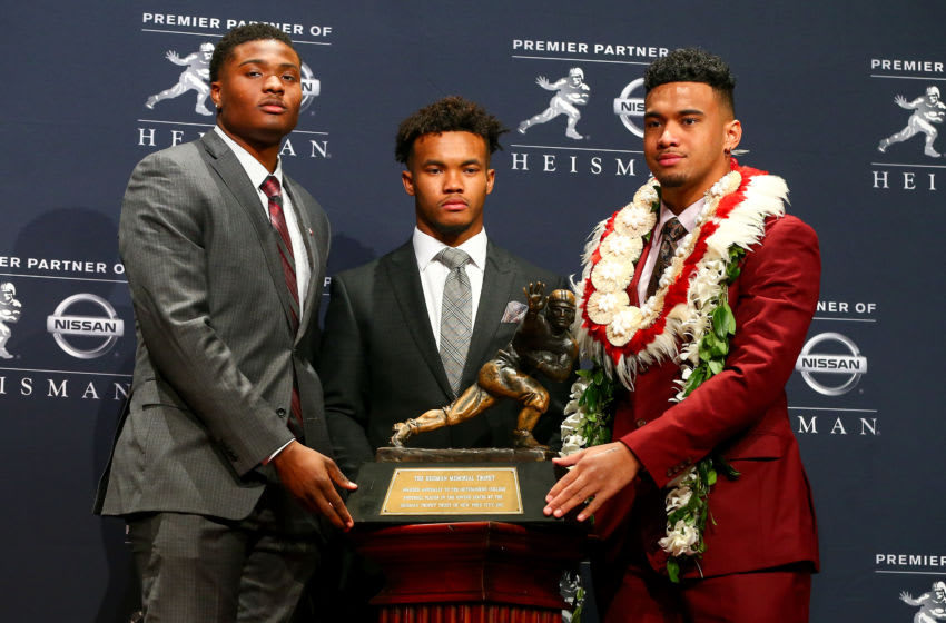 NEW YORK, NY - DECEMBER 08: Ohio State quarterback Dwayne Haskins, Alabama quarterback Tua Tagovailoa and Oklahoma quarterback Kyler Murray pose with the Heisman Trophy during a press conference beforethe 84th Heisman Trophy Ceremony on December 8, 2018 at the New York Marriott Marquis in New York, NY. (Photo by Rich Graessle/Icon Sportswire via Getty Images)