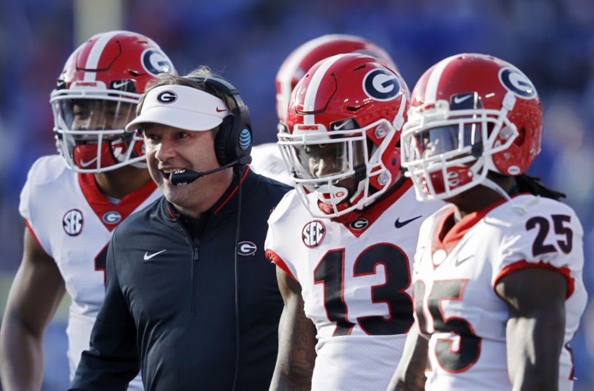 LEXINGTON, KY - NOVEMBER 03: Head coach Kirby Smart of the Georgia Bulldogs looks on along with several players during the game against the Kentucky Wildcats at Kroger Field on November 3, 2018 in Lexington, Kentucky. Georgia won 34-17. (Photo by Joe Robbins/Getty Images)