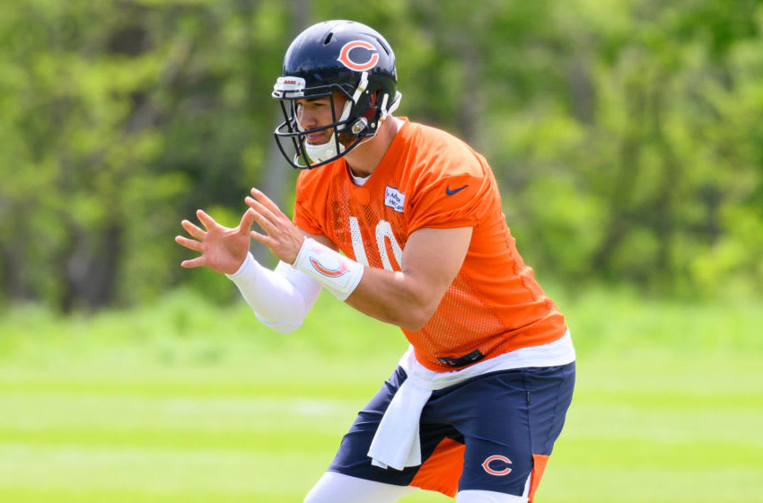 LAKE FOREST, IL - JUNE 05: Chicago Bears quarterback Mitchell Trubisky (10) warms up during the Chicago Bears organized team activities or OTA on June 5, 2019 at Halas Hall in Lake Forest, IL. (Photo by Patrick Gorski/Icon Sportswire via Getty Images)