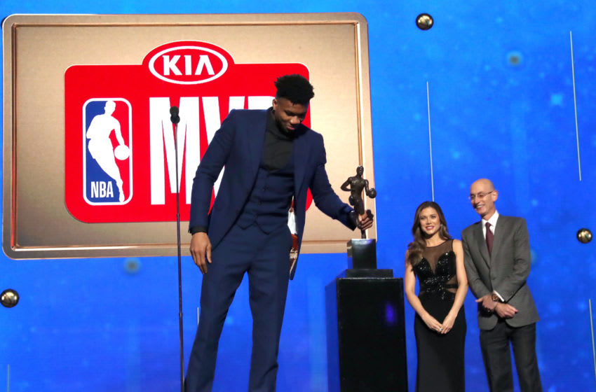 SANTA MONICA, CALIFORNIA - JUNE 24: Giannis Antetokounmpo accepts the Kia NBA Most Valuable Player award onstage during the 2019 NBA Awards presented by Kia on TNT at Barker Hangar on June 24, 2019 in Santa Monica, California. (Photo by Johnny Nunez/Getty Images for Turner Sports)