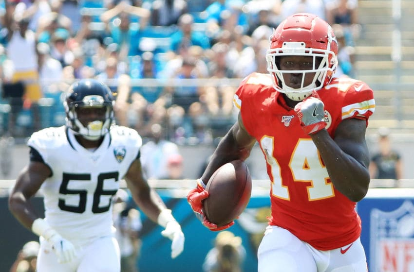 JACKSONVILLE, FLORIDA - SEPTEMBER 08: Wide receiver Sammy Watkins #14 of the Kansas City Chiefs runs a pass reception in for a touchdown in the first quarter of the game against the Jacksonville Jaguars at TIAA Bank Field on September 08, 2019 in Jacksonville, Florida. (Photo by Sam Greenwood/Getty Images)