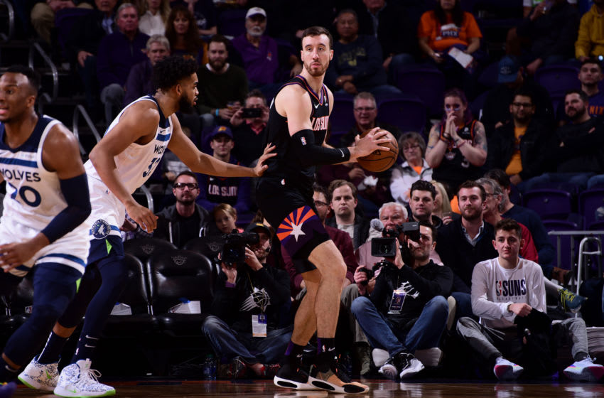 PHOENIX, AZ - DECEMBER 9: Frank Kaminsky #8 of the Phoenix Suns handles the ball against the Minnesota Timberwolves on December 09, 2019 at Talking Stick Resort Arena in Phoenix, Arizona. NOTE TO USER: User expressly acknowledges and agrees that, by downloading and or using this photograph, user is consenting to the terms and conditions of the Getty Images License Agreement. Mandatory Copyright Notice: Copyright 2019 NBAE (Photo by Michael Gonzales/NBAE via Getty Images)