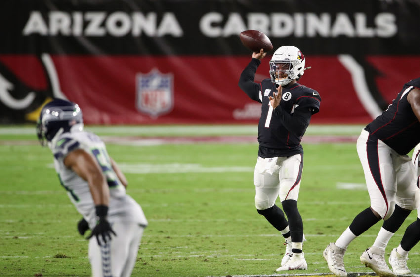 GLENDALE, ARIZONA - OCTOBER 25: Quarterback Kyler Murray #1 of the Arizona Cardinals throws a pass during the NFL game against the Seattle Seahawks at State Farm Stadium on October 25, 2020 in Glendale, Arizona. The Cardinals defeated the Seahawks 37-34 in overtime. (Photo by Christian Petersen/Getty Images)