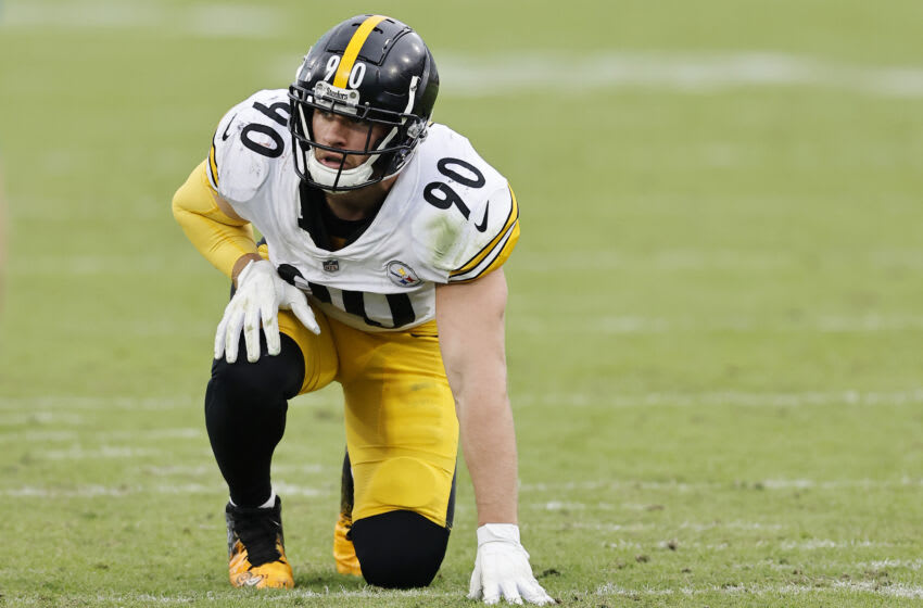JACKSONVILLE, FLORIDA - NOVEMBER 22: T.J. Watt #90 of the Pittsburgh Steelers in action against the Jacksonville Jaguars at TIAA Bank Field on November 22, 2020 in Jacksonville, Florida. (Photo by Michael Reaves/Getty Images)