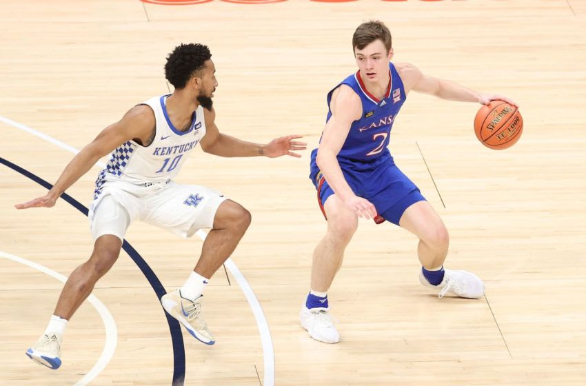 INDIANAPOLIS, INDIANA - DECEMBER 01: Christian Braun #2 of the Kansas Jayhawks dribbles the ball against the Kentucky Wildcats in the State Farm Champions Classic at Bankers Life Fieldhouse on December 01, 2020 in Indianapolis, Indiana. (Photo by Andy Lyons/Getty Images)