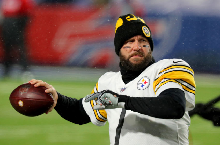 ORCHARD PARK, NY - DECEMBER 13: Ben Roethlisberger #7 of the Pittsburgh Steelers throws a pass before a game against the Buffalo Bills at Bills Stadium on December 13, 2020 in Orchard Park, New York. (Photo by Timothy T Ludwig/Getty Images)