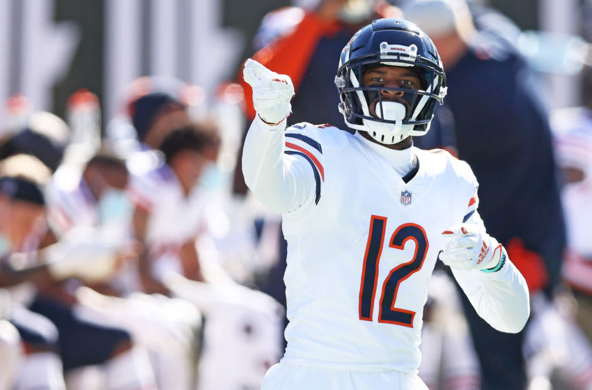 JACKSONVILLE, FLORIDA - DECEMBER 27: Allen Robinson II #12 of the Chicago Bears signals for a first down after a reception during the first quarter against the Jacksonville Jaguarsat TIAA Bank Field on December 27, 2020 in Jacksonville, Florida. (Photo by James Gilbert/Getty Images)