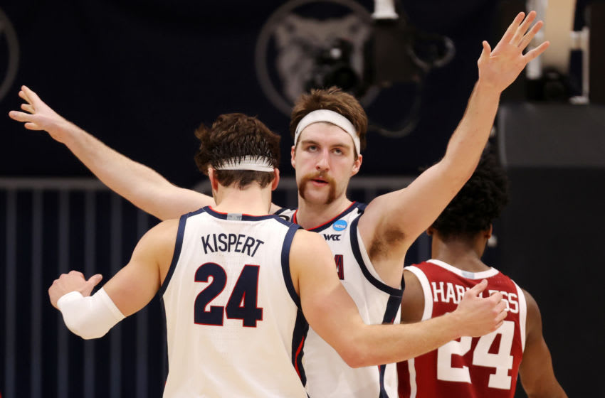 INDIANAPOLIS, INDIANA - MARCH 22: Drew Timme #2 of the Gonzaga Bulldogs celebrates with Corey Kispert #24 against the Oklahoma Sooners in the second round game of the 2021 NCAA Men's Basketball Tournament at Hinkle Fieldhouse on March 22, 2021 in Indianapolis, Indiana. (Photo by Gregory Shamus/Getty Images)