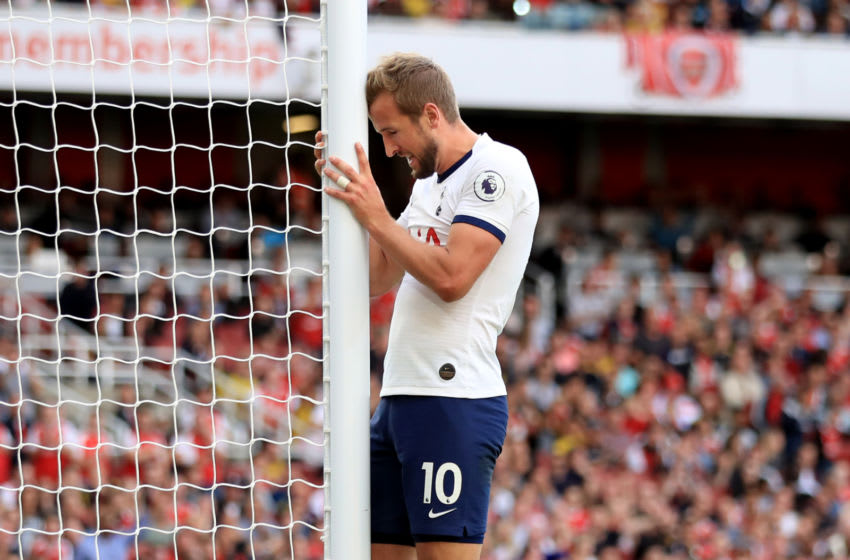 LONDON, ENGLAND - SEPTEMBER 01: Harry Kane of Tottenham Hotspur reacts during the Premier League match between Arsenal FC and Tottenham Hotspur at Emirates Stadium on September 1, 2019 in London, United Kingdom. (Photo by Marc Atkins/Getty Images)