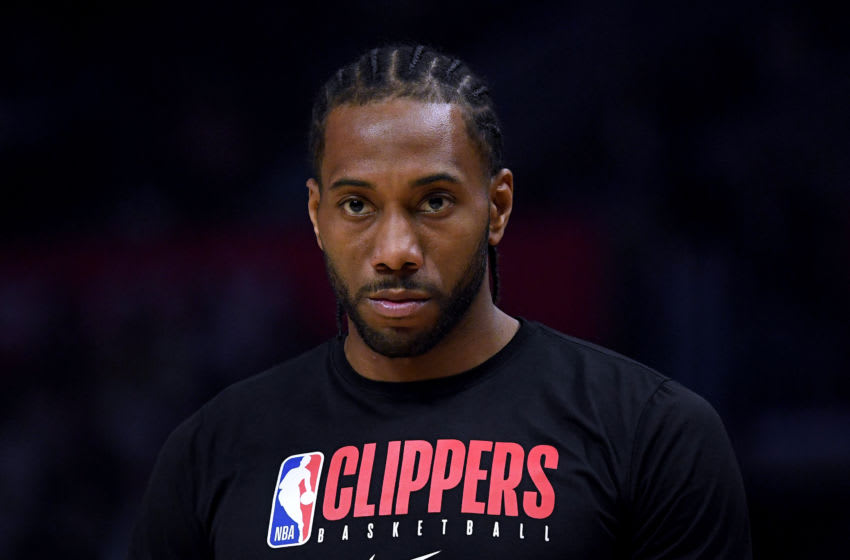 LOS ANGELES, CALIFORNIA - FEBRUARY 28: Kawhi Leonard #2 of the LA Clippers before the game against the Denver Nuggets at Staples Center on February 28, 2020 in Los Angeles, California. (Photo by Harry How/Getty Images)