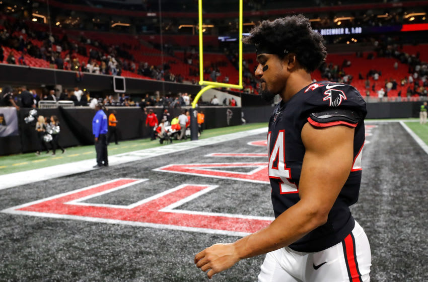 ATLANTA, GEORGIA - NOVEMBER 28: Vic Beasley #44 of the Atlanta Falcons reacts as he walks off the field after their 26-18 loss to the New Orleans Saints at Mercedes-Benz Stadium on November 28, 2019 in Atlanta, Georgia. (Photo by Kevin C. Cox/Getty Images)