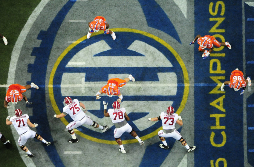 ATLANTA, GA - DECEMBER 03: A general view during the SEC Championship game between the Florida Gators and the Alabama Crimson Tide at the Georgia Dome on December 3, 2016 in Atlanta, Georgia. (Photo by Scott Cunningham/Getty Images)