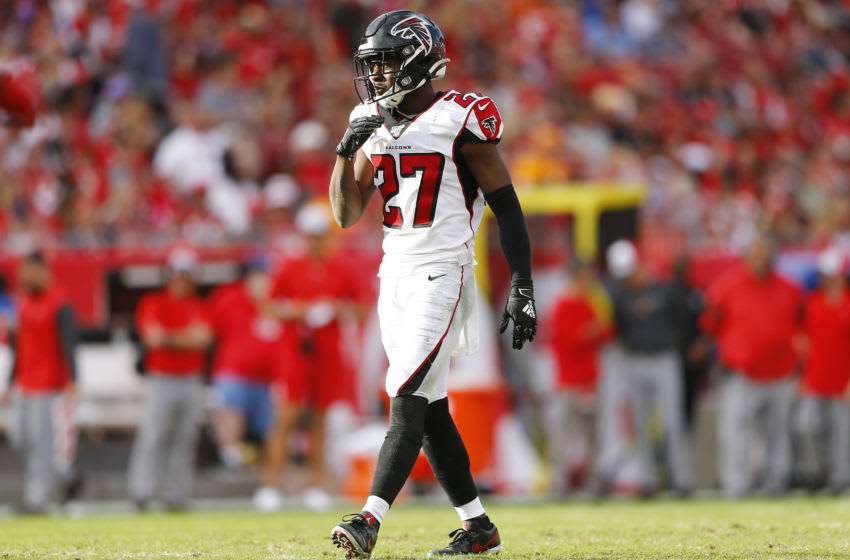 Atlanta Falcons safety Damontae Kazee. (Photo by Michael Reaves/Getty Images)