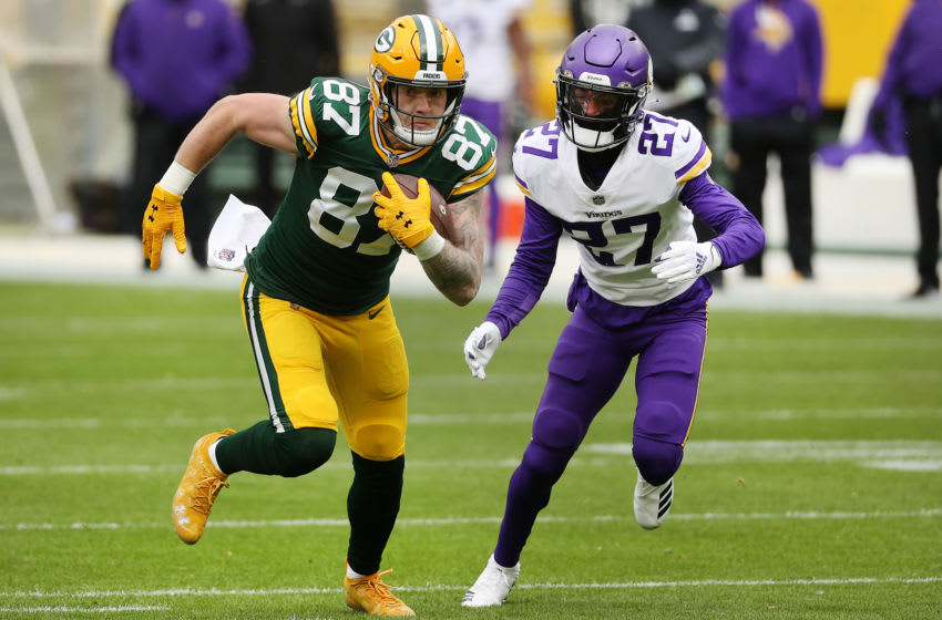 GREEN BAY, WISCONSIN - NOVEMBER 01: Cameron Dantzler #27 of the Minnesota Vikings defends during the first quarter at Lambeau Field on November 01, 2020 in Green Bay, Wisconsin. (Photo by Dylan Buell/Getty Images)