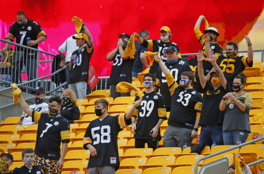 PITTSBURGH, PA - OCTOBER 11: Pittsburgh Steelers fans cheer during the game between the Pittsburgh Steelers and the Philadelphia Eagles on October 11, 2020 at Heinz Field in Pittsburgh, Pennsylvania. (Photo by Justin K. Aller/Getty Images)