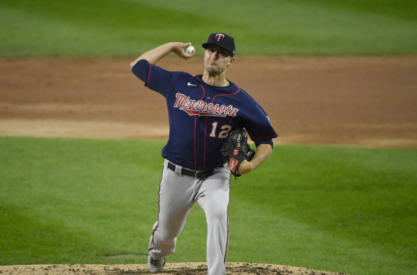 CHICAGO, ILLINOIS - SEPTEMBER 16: Starting pitcher Jake Odorizzi #12 of the Minnesota Twins (Photo by Quinn Harris/Getty Images)