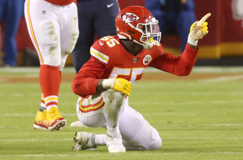 KANSAS CITY, MISSOURI - OCTOBER 05: Frank Clark #55 of the Kansas City Chiefs celebrates after sacking Brian Hoyer #2 of the New England Patriots at the end of the second quarter at Arrowhead Stadium on October 05, 2020 in Kansas City, Missouri. (Photo by Jamie Squire/Getty Images)
