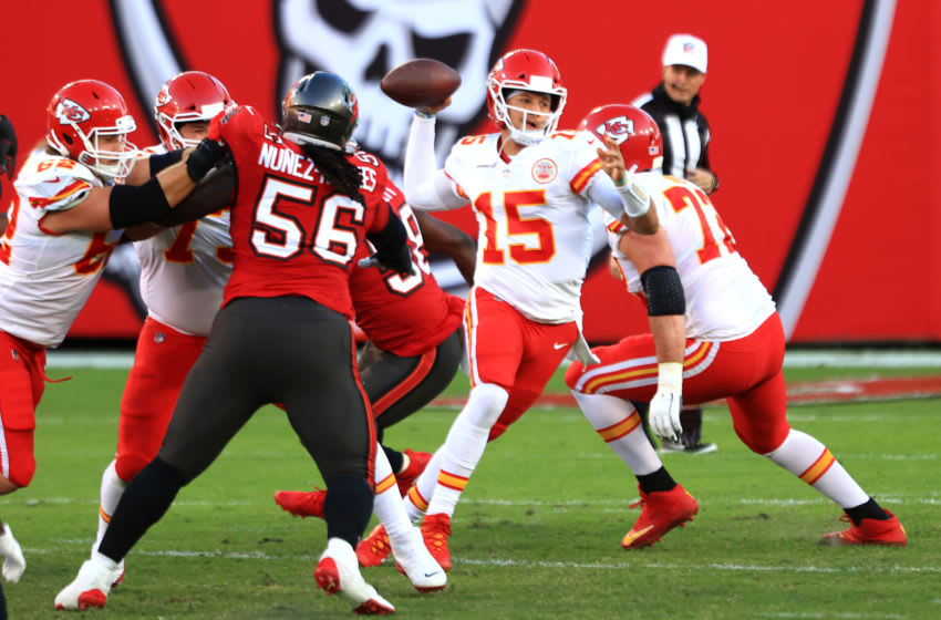 TAMPA, FLORIDA - NOVEMBER 29: Patrick Mahomes #15 of the Kansas City Chiefs looks to pass in the second quarter during their game against the Tampa Bay Buccaneers at Raymond James Stadium on November 29, 2020 in Tampa, Florida. (Photo by Mike Ehrmann/Getty Images)
