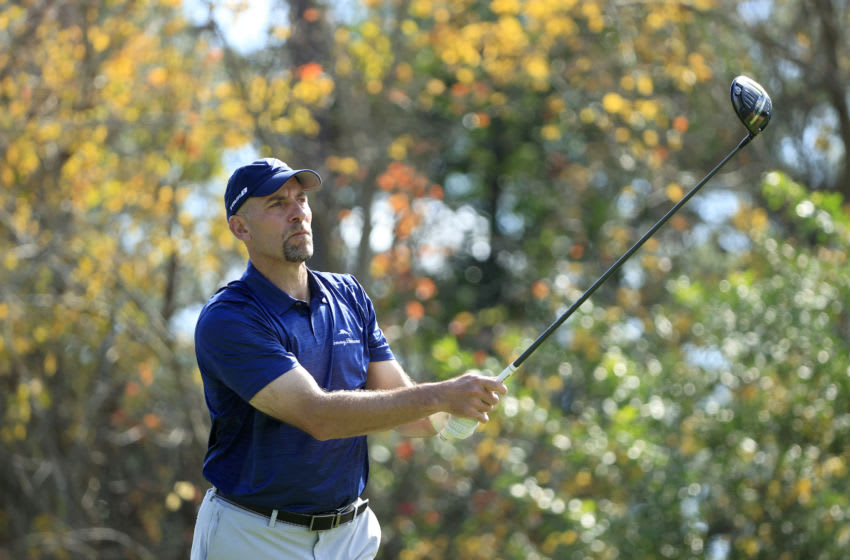 LAKE BUENA VISTA, FLORIDA - JANUARY 22: Hall of Fame pitcher John Smoltz hits a shot on the seventh hole during the second round of the Diamond Resorts Tournament Of Champions at Tranquilo Golf Course at the Four Seasons Golf and Sports Club on January 22, 2021 in Lake Buena Vista, Florida. (Photo by Sam Greenwood/Getty Images)