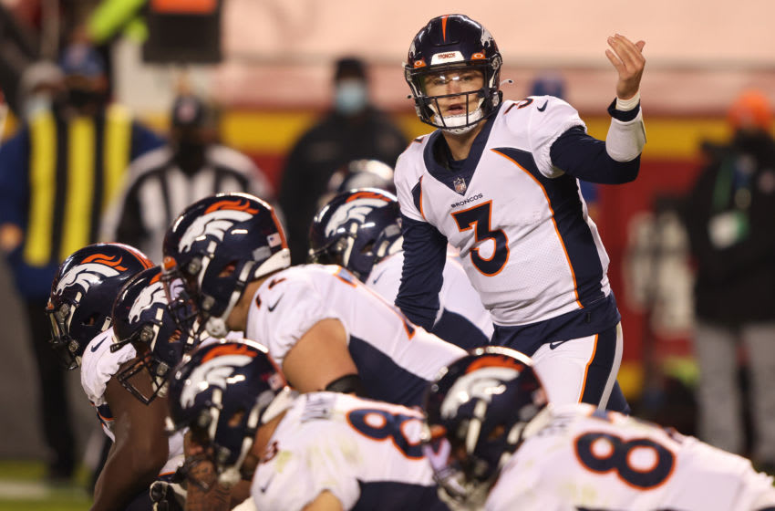 KANSAS CITY, MISSOURI - DECEMBER 06: Drew Lock #3 of the Denver Broncos calls for a play during the second quarter of a game against the Kansas City Chiefs at Arrowhead Stadium on December 06, 2020 in Kansas City, Missouri. (Photo by Jamie Squire/Getty Images)