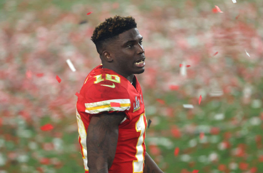TAMPA, FLORIDA - FEBRUARY 07: Tyreek Hill #10 of the Kansas City Chiefs walks off the field as confetti falls after being defeated by the Tampa Bay Buccaneers in Super Bowl LV at Raymond James Stadium on February 07, 2021 in Tampa, Florida. The Buccaneers defeated the Chiefs 31-9. (Photo by Patrick Smith/Getty Images)