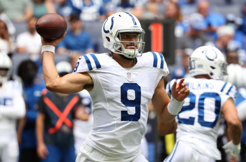 INDIANAPOLIS, INDIANA - AUGUST 15: Jacob Eason #9 of the Indianapolis Colts throws a pass during the first quarter in the preseason game against the Carolina Panthers at Lucas Oil Stadium on August 15, 2021 in Indianapolis, Indiana. (Photo by Justin Casterline/Getty Images)