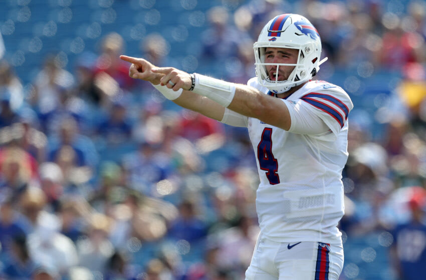 ORCHARD PARK, NEW YORK - AUGUST 28: Jake Fromm #4 of the Buffalo Bills signals during the fourth quarter against the Green Bay Packers at Highmark Stadium on August 28, 2021 in Orchard Park, New York. (Photo by Bryan Bennett/Getty Images)