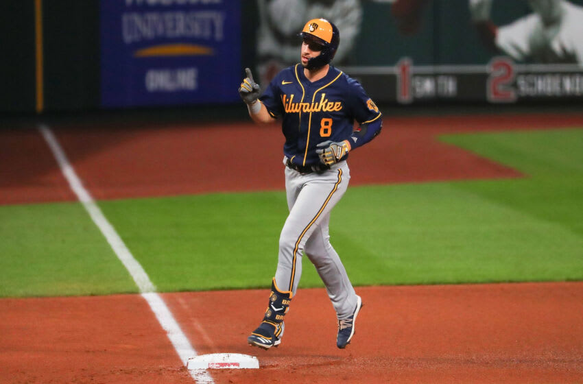 ST LOUIS, MO - SEPTEMBER 26: Ryan Braun #8 of the Milwaukee Brewers rounds third base after hitting a homer against the St. Louis Cardinals in the fourth inning at Busch Stadium on September 26, 2020 in St Louis, Missouri. (Photo by Dilip Vishwanat/Getty Images)