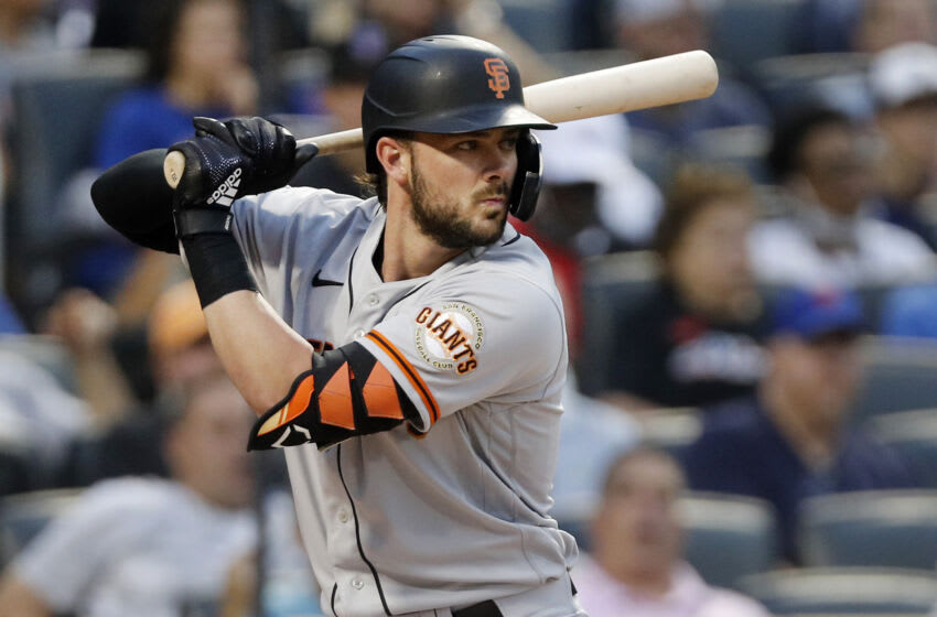 NEW YORK, NEW YORK - AUGUST 26: Kris Bryant #23 of the San Francisco Giants in action against the New York Mets at Citi Field on August 26, 2021 in New York City. The Giants defeated the Mets 3-2. (Photo by Jim McIsaac/Getty Images)