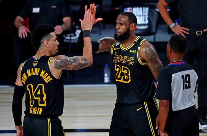 LeBron James, Danny Green, Los Angeles Lakers. (Mandatory Credit: Kim Klement-USA TODAY Sports)