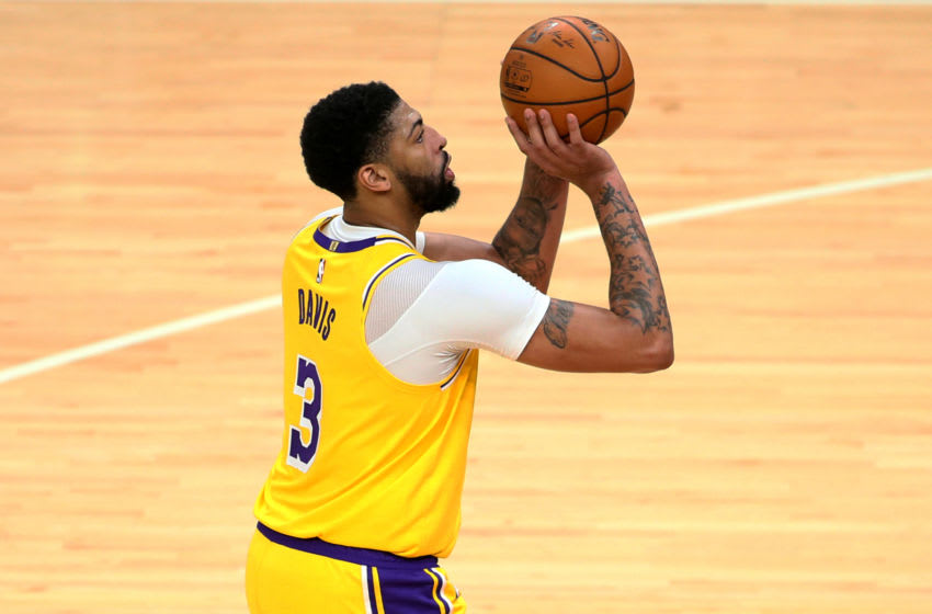 Jan 5, 2021; Memphis, Tennessee, USA; Los Angeles Lakers forward Anthony Davis (3) shoots in the second half against the Memphis Grizzlies at FedExForum. Mandatory Credit: Nelson Chenault-USA TODAY Sports