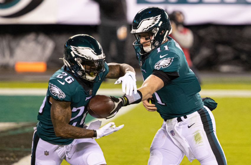 Miles Sanders, Carson Wentz, Philadelphia Eagles. (Mandatory Credit: Bill Streicher-USA TODAY Sports)