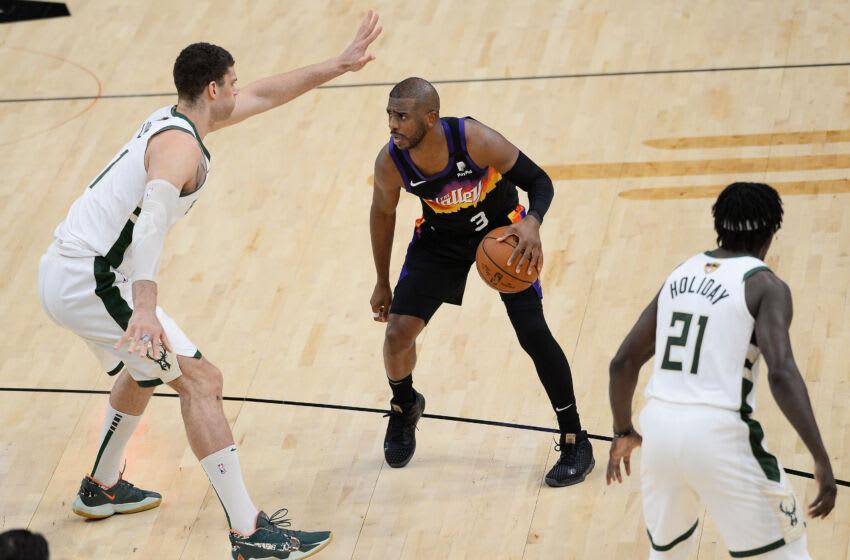 Suns guard Chris Paul. (Joe Camporeale-USA TODAY Sports)