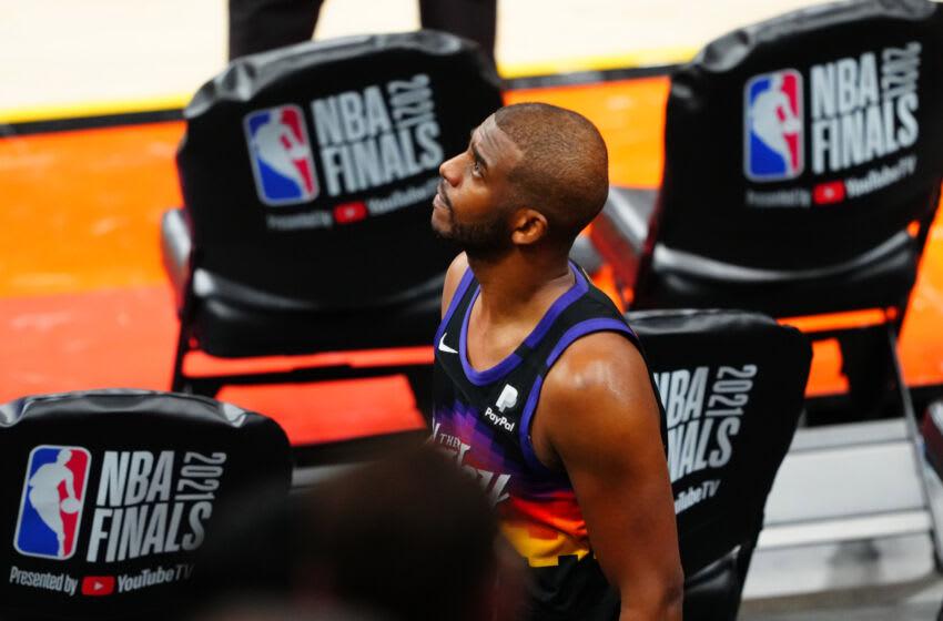 Suns guard Chris Paul. (Mark J. Rebilas-USA TODAY Sports)