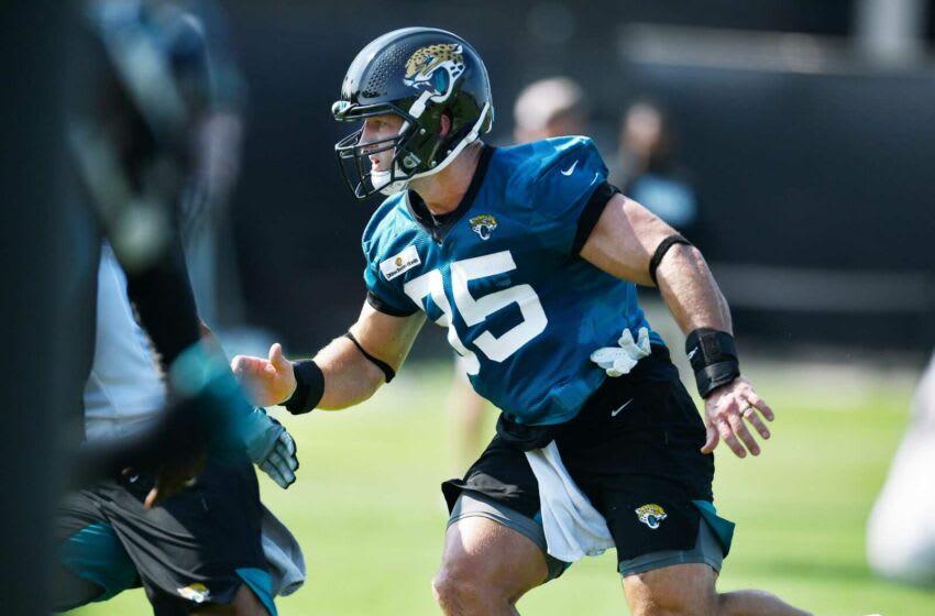Jaguars tight end Tim Tebow. (Bob Self/Florida Times-Union)