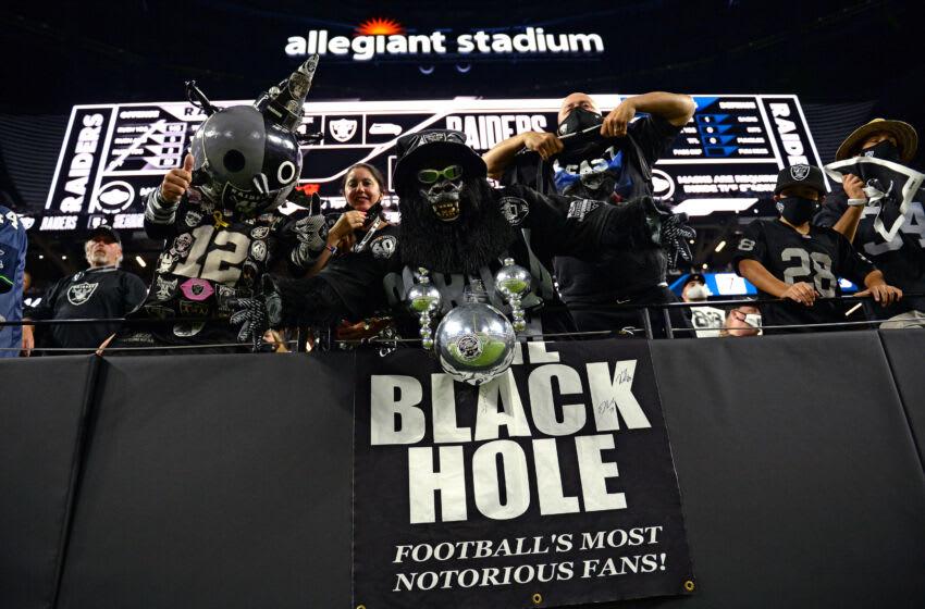 Las Vegas Raiders. (Mandatory Credit: Orlando Ramirez-USA TODAY Sports)