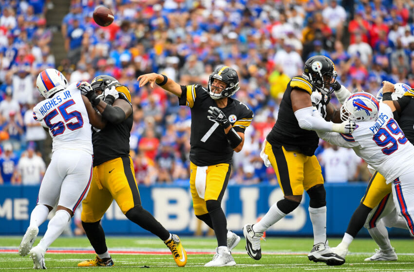 Sep 12, 2021; Orchard Park, New York, USA; Pittsburgh Steelers quarterback Ben Roethlisberger (7) passes the ball against the Buffalo Bills during the second half at Highmark Stadium. Mandatory Credit: Rich Barnes-USA TODAY Sports