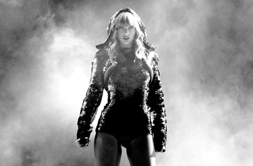 PASADENA, CA - MAY 19: (EDITORS NOTE: Image has been converted to black and white.) Taylor Swift performs onstage during the Taylor Swift reputation Stadium Tour at the Rose Bowl on May 19, 2018 in Pasadena, California (Photo by Christopher Polk/TAS18/Getty Images)