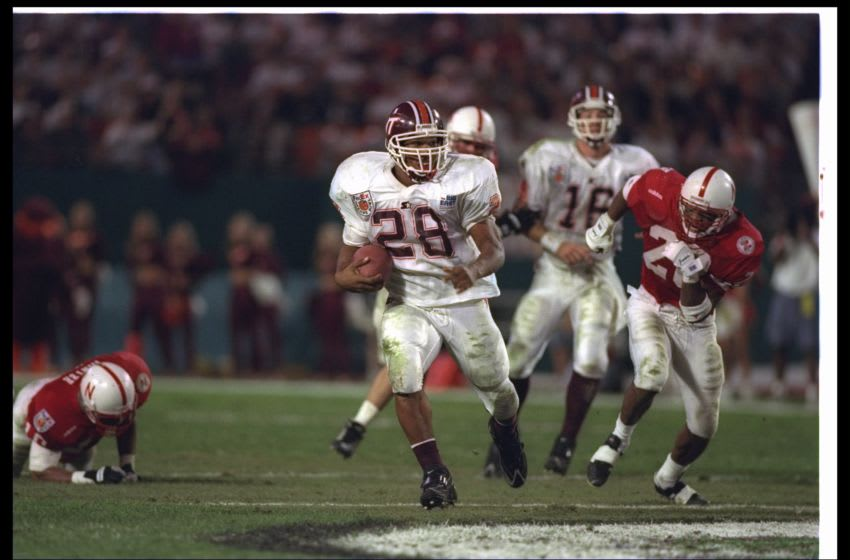 31 Dec 1996: Running back Ken Oxendine of the Virginia Tech Hokies moves the ball during the Orange Bowl against the Nebraska Cornhuskers at the Orange Bowl in Miami, Florida. Nebraska won the game, 41-21. Mandatory Credit: Andy Lyons /Allsport