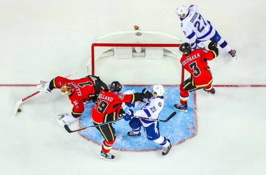 Dec 14, 2016; Calgary, Alberta, CAN; Calgary Flames goalie Brian Elliott (1) makes a save against the Tampa Bay Lightning during the third period at Scotiabank Saddledome. Tampa Bay Lightning won 6-3. Mandatory Credit: Sergei Belski-USA TODAY Sports