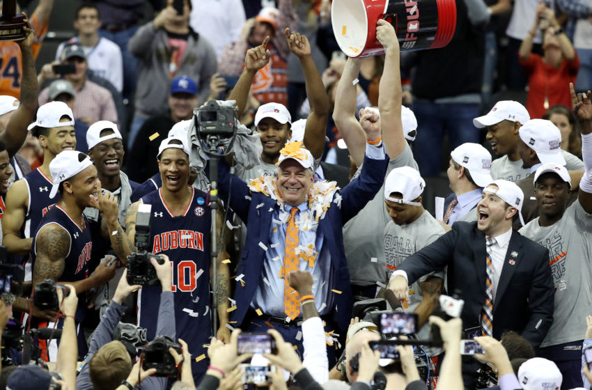 KANSAS CITY, MISSOURI - MARCH 31: Head coach Bruce Pearl and the Auburn Tigers celebrate defeating the Kentucky Wildcats 77-71 in overtime during the 2019 NCAA Basketball Tournament Midwest Regional at Sprint Center on March 31, 2019 in Kansas City, Missouri. (Photo by Christian Petersen/Getty Images)