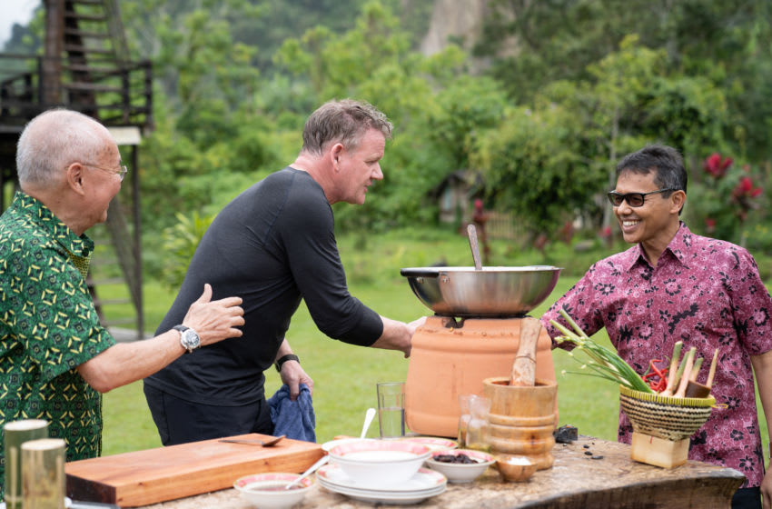West Sumatra, Indonesia - L to R: Chef William Wongso and Gordon Ramsay greet the Governor of West Sumatra during the big cook. (National Geographic/Justin Mandel)