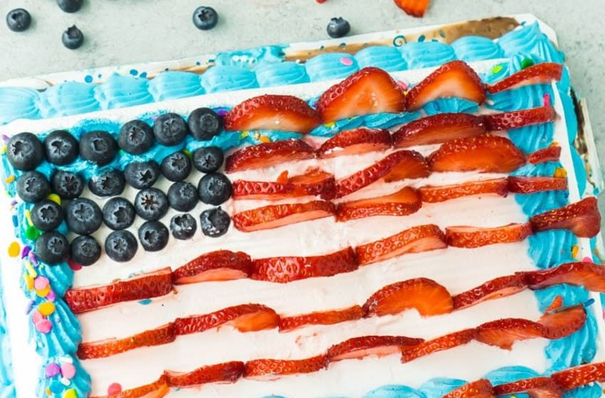 I Love Ice Cream Cake, American Flag, photo provided by I Love Ice Cream Cakes, Play.Party.Plan